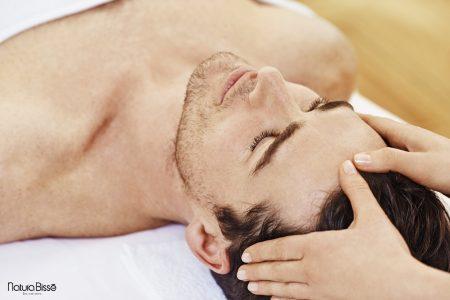 24_Man head massage